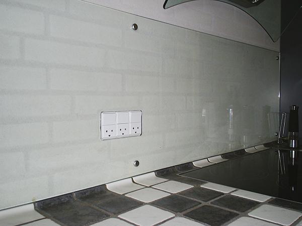 M3361S-3033